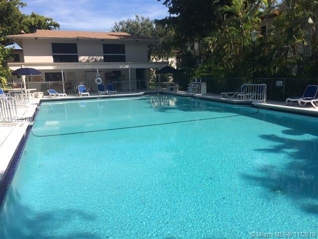 5600 SW 78 St 132C, South Miami, FL 33143 (MLS #A10565189) :: The Adrian Foley Group