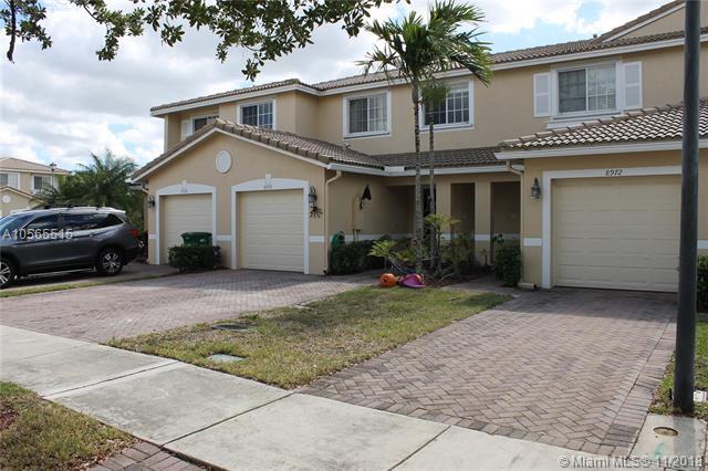 8970 Lancaster St #8970, Tamarac, FL 33321 (MLS #A10565515) :: The Riley Smith Group