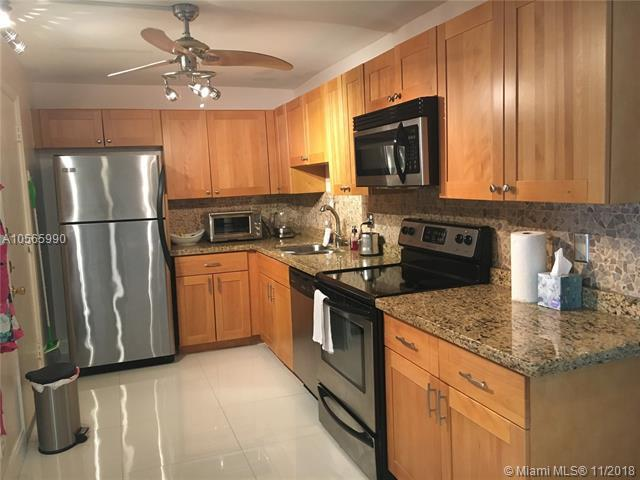 1428 SE 4th Ave #222, Deerfield Beach, FL 33441 (MLS #A10565990) :: The Riley Smith Group