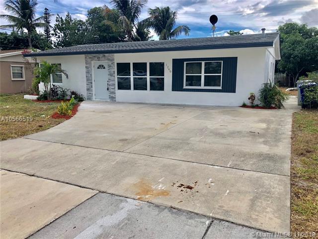 1260 NE 42nd Ct, Pompano Beach, FL 33064 (MLS #A10566519) :: The Riley Smith Group