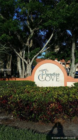 West Palm Beach, FL 33409 :: Miami Villa Team