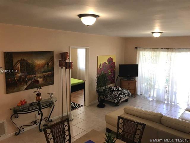 2525 W Golf Blvd #215, Pompano Beach, FL 33064 (MLS #A10567043) :: The Riley Smith Group
