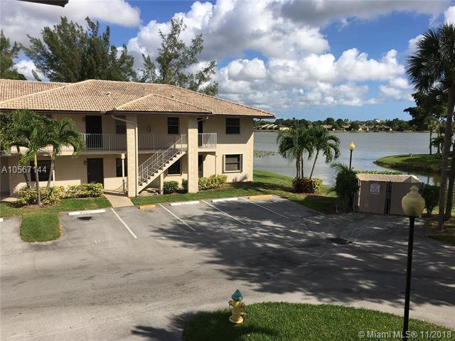 5550 Lakeside Dr #106, Margate, FL 33063 (MLS #A10567144) :: Miami Villa Team