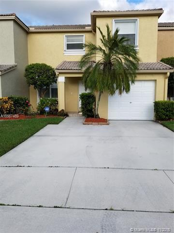 1221 NW 154th Ave, Pembroke Pines, FL 33028 (MLS #A10567489) :: Prestige Realty Group