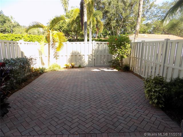 4086 W Palm Aire Dr, Pompano Beach, FL 33069 (MLS #A10567657) :: Prestige Realty Group