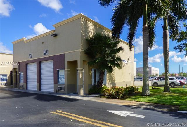 15075 SW 137th St #1, Miami, FL 33196 (MLS #A10567835) :: The Adrian Foley Group