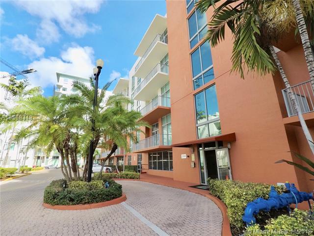 2100 Van Buren St #307, Hollywood, FL 33020 (MLS #A10568348) :: The Riley Smith Group