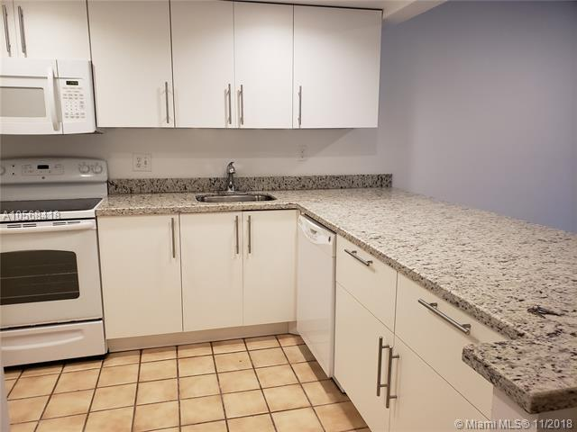 2312 S Cypress Bend Dr #105, Pompano Beach, FL 33069 (MLS #A10568418) :: Prestige Realty Group