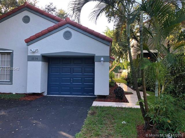 1114 NW 111th Ave, Plantation, FL 33322 (MLS #A10568542) :: The Chenore Real Estate Group