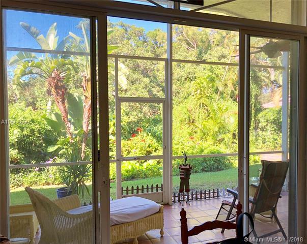 4960 Swans   Lane, Coconut Creek, FL 33073 (MLS #A10568558) :: Green Realty Properties