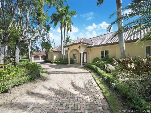 12601 Old Cutler Rd, Coral Gables, FL 33156 (MLS #A10568652) :: Miami Villa Team