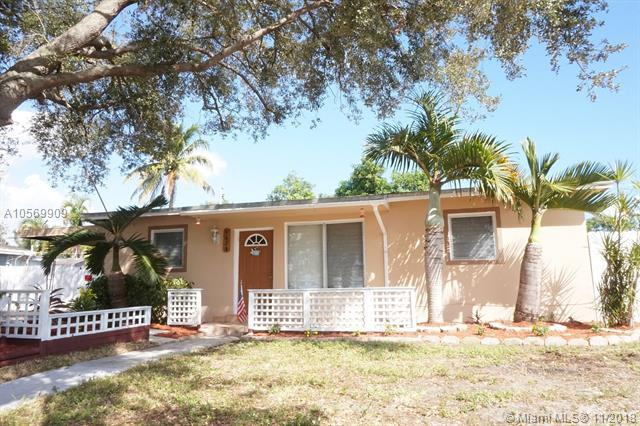 4625 SW 32nd Dr, West Park, FL 33023 (MLS #A10569909) :: Prestige Realty Group