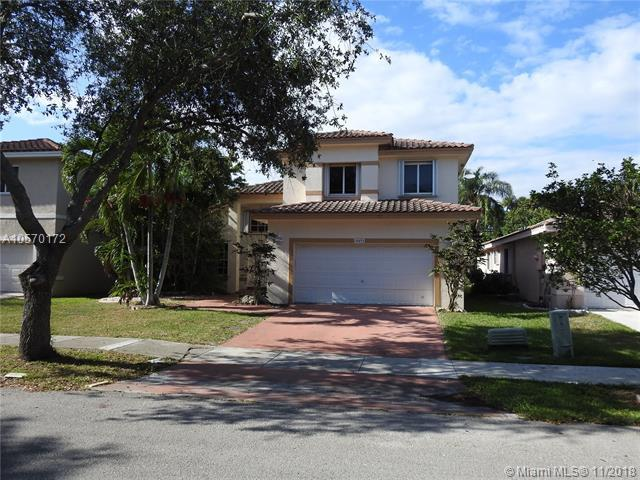 14691 Vista Verdi Road, Davie, FL 33325 (MLS #A10570172) :: The Chenore Real Estate Group