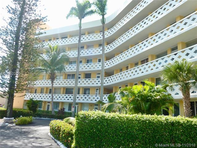 2400 NE 9th St #203, Fort Lauderdale, FL 33304 (MLS #A10570200) :: The Riley Smith Group