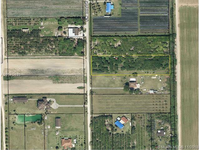 33295 SW 210, Homestead, FL 33034 (MLS #A10570410) :: Prestige Realty Group