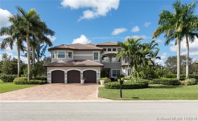 2749 Juniper Ln, Davie, FL 33330 (MLS #A10570433) :: Prestige Realty Group