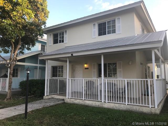 400 NW 19th Ter #54, Miami, FL 33136 (MLS #A10570441) :: Green Realty Properties