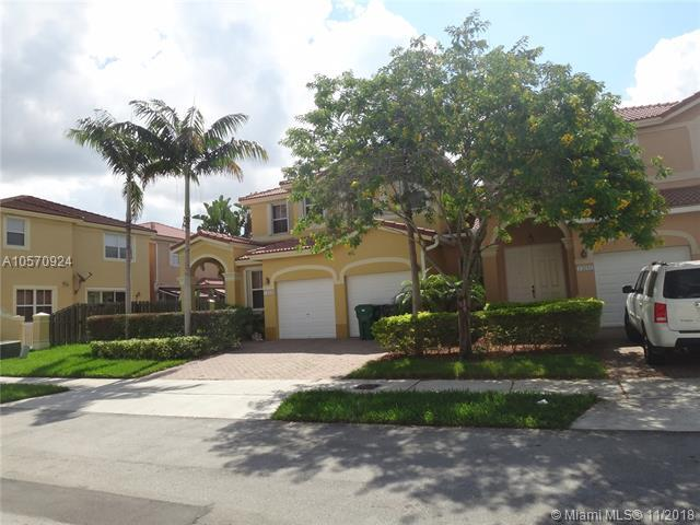 13809 SW 114th Ter, Miami, FL 33186 (MLS #A10570924) :: The Teri Arbogast Team at Keller Williams Partners SW