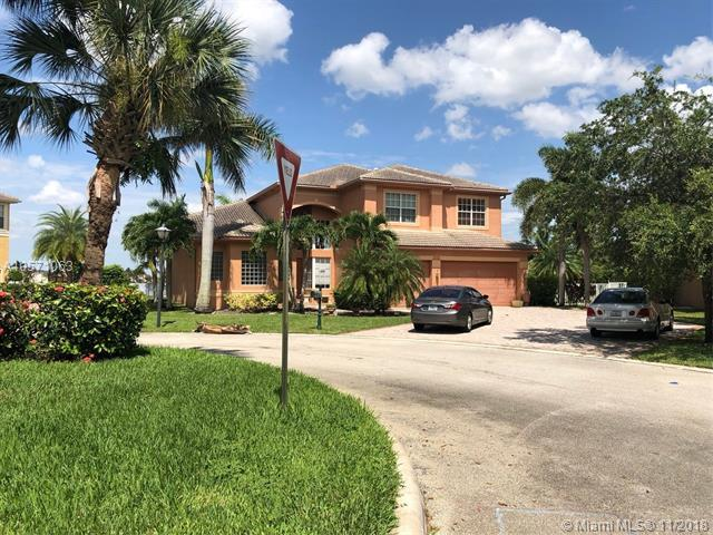 5457 SW 189th Ave, Miramar, FL 33029 (MLS #A10571063) :: The Riley Smith Group