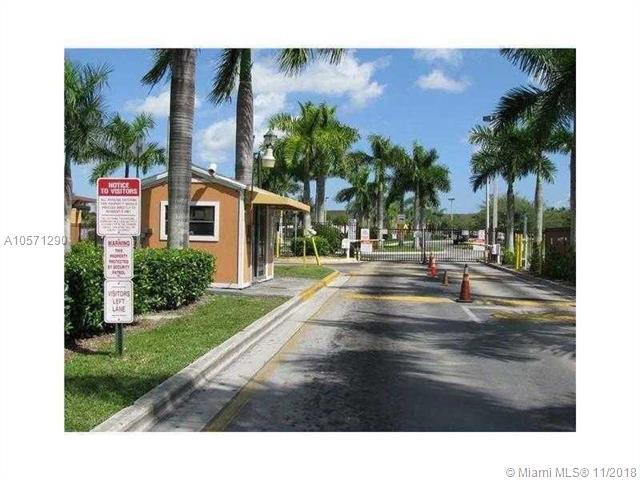 1660 SE 29th St #102, Homestead, FL 33035 (MLS #A10571290) :: The Riley Smith Group