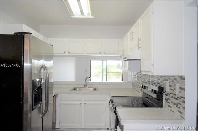9814 W Mcnab Rd #204, Tamarac, FL 33321 (MLS #A10571406) :: The Riley Smith Group