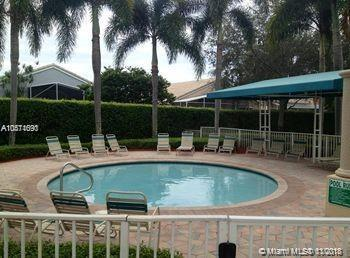 13804 NW 11th St #13804, Pembroke Pines, FL 33028 (MLS #A10571690) :: The Chenore Real Estate Group
