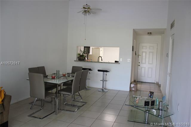 245 SW 113th Way #245, Pembroke Pines, FL 33025 (MLS #A10572017) :: The Chenore Real Estate Group