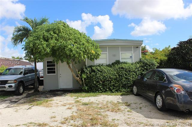 1181 SW 131 Place, Miami, FL 33184 (MLS #A10572054) :: The Riley Smith Group