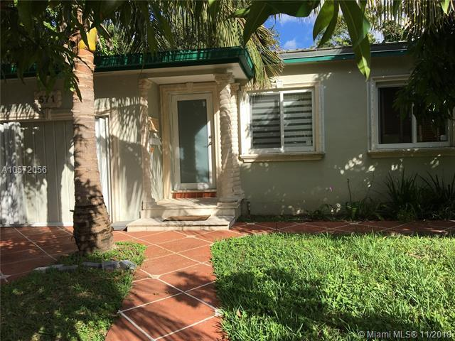 571 Lee Dr, Miami Springs, FL 33166 (MLS #A10572056) :: Hergenrother Realty Group Miami