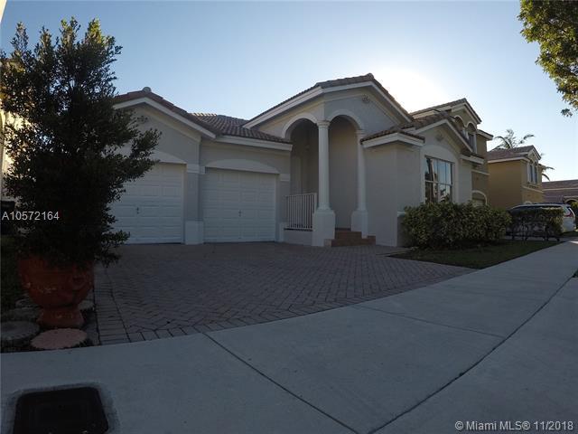 11270 NW 48th Ter, Doral, FL 33178 (MLS #A10572164) :: The Riley Smith Group