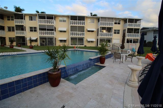700 Pine Dr #109, Pompano Beach, FL 33060 (MLS #A10572266) :: The Riley Smith Group