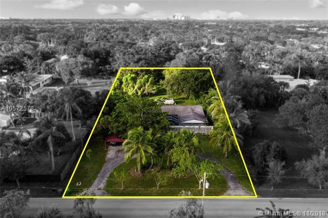 7601 SW 132nd St, Pinecrest, FL 33156 (MLS #A10572578) :: Prestige Realty Group