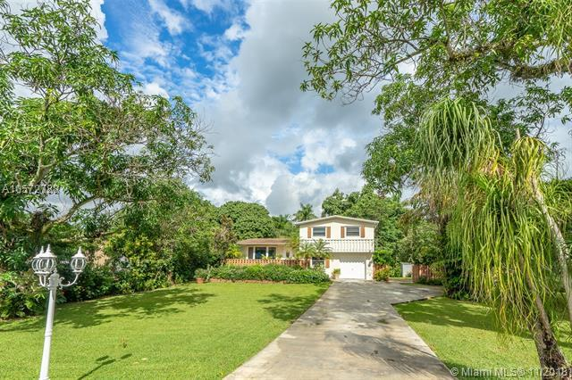 6201 SW 55th Ct, Davie, FL 33314 (MLS #A10572788) :: Prestige Realty Group