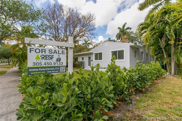 332 Minola Dr, Miami Springs, FL 33166 (MLS #A10572795) :: Hergenrother Realty Group Miami