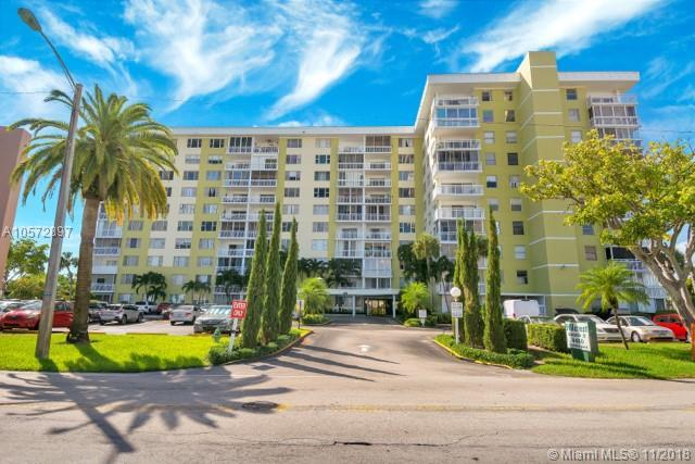 4400 Hillcrest Dr 1020C, Hollywood, FL 33021 (MLS #A10572897) :: The Riley Smith Group