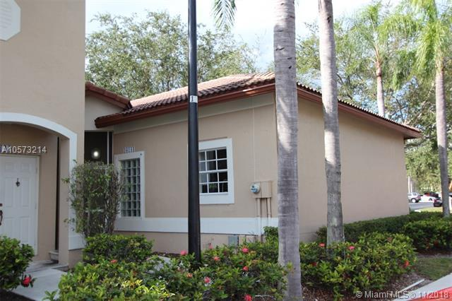 16144 Emerald Cove Rd -, Weston, FL 33331 (MLS #A10573214) :: The Riley Smith Group