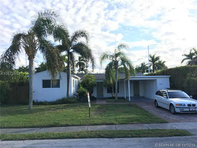 1004 Avocado Isle, Fort Lauderdale, FL 33315 (MLS #A10573518) :: The Chenore Real Estate Group