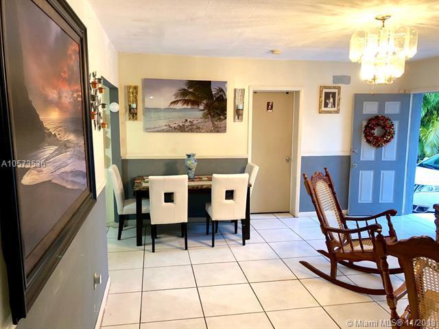 13320 NE 12th Ave, North Miami, FL 33161 (MLS #A10573536) :: Green Realty Properties
