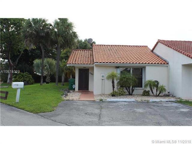 1740 SW 124th Pl, Miami, FL 33175 (MLS #A10574023) :: The Teri Arbogast Team at Keller Williams Partners SW