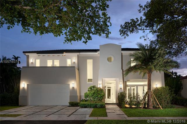 734 Navarre Ave, Coral Gables, FL 33134 (MLS #A10574074) :: The Jack Coden Group
