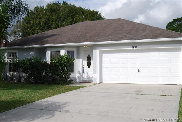 1889 SW Penrose Avenue, Port St. Lucie, FL 34953 (MLS #A10574137) :: Green Realty Properties