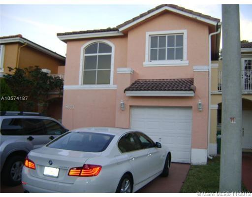 8671 SW 158th Pl, Miami, FL 33193 (MLS #A10574187) :: Hergenrother Realty Group Miami