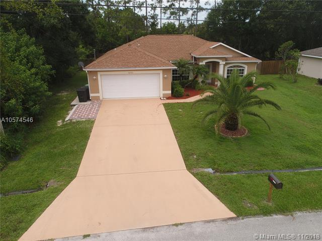 3890 SW Chaffin St, Port St. Lucie, FL 34953 (MLS #A10574546) :: The Teri Arbogast Team at Keller Williams Partners SW