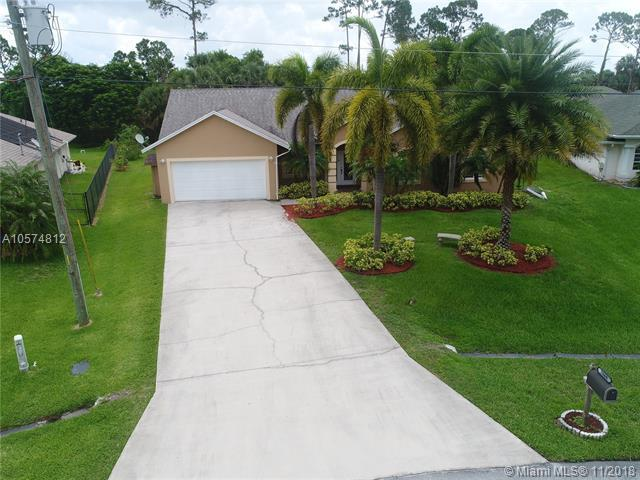 2666 SW Ace Rd, Port St. Lucie, FL 34953 (MLS #A10574812) :: Green Realty Properties