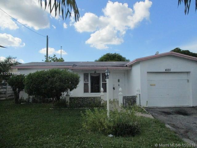 4101 NW 52nd Ave, Lauderdale Lakes, FL 33319 (MLS #A10574886) :: Green Realty Properties