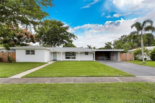 5510 SW 5th St, Plantation, FL 33317 (MLS #A10575072) :: Green Realty Properties