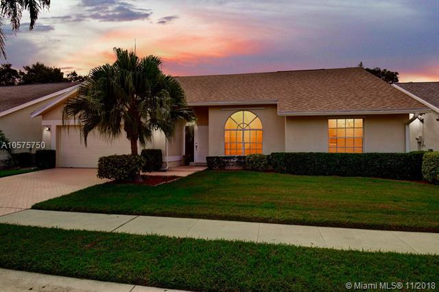 286 W Moccasin Trl W, Jupiter, FL 33458 (MLS #A10575750) :: Green Realty Properties