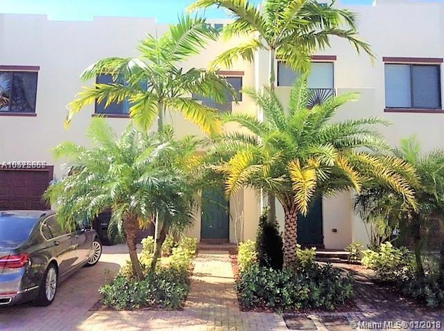1612 SW 33rd Ct #1612, Fort Lauderdale, FL 33315 (MLS #A10575855) :: Laurie Finkelstein Reader Team