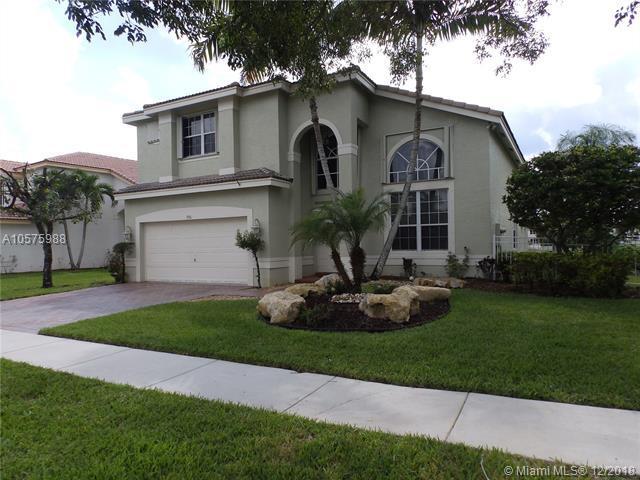 1916 SW 163rd Ave, Miramar, FL 33027 (MLS #A10575988) :: Green Realty Properties
