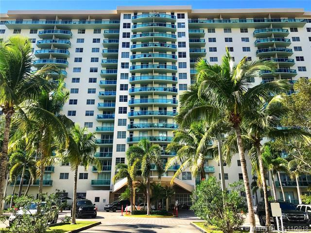 19390 Collins Ave #620, Sunny Isles Beach, FL 33160 (MLS #A10576117) :: The Jack Coden Group